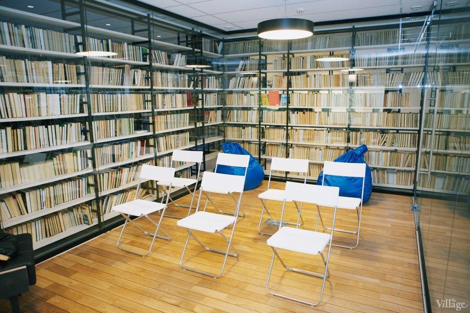 Фото дня: Как выглядит современная библиотека. Изображение № 13.