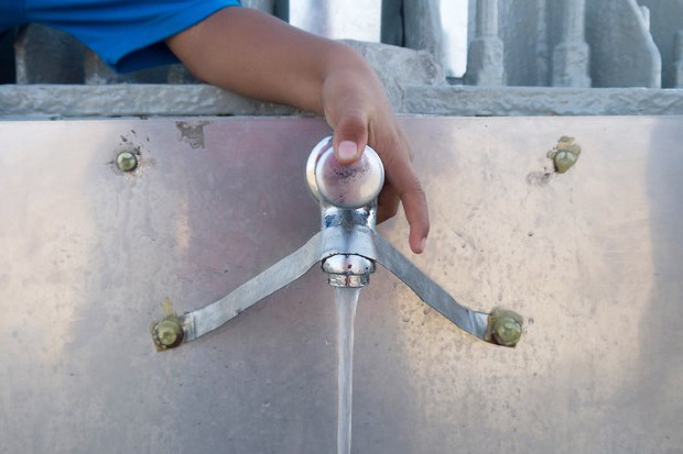 Идеи для города: Питьевая вода с рекламного щита вЛиме. Изображение № 6.