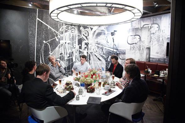 Разговоры на ужине: Старые и новые развлечения Москвы. Изображение № 26.