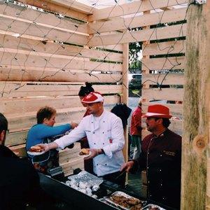 Московские фуди напервом фестивале Street Food Weekend  вКалининграде. Изображение № 66.