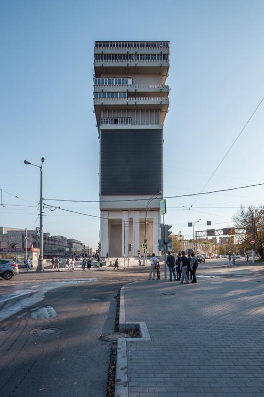 Как живётся всамых необычных домах Москвы иПетербурга. Изображение № 3.