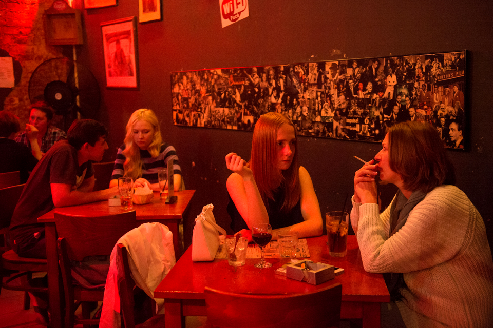 Последний день курения в клубах, ресторанах ибарах. Изображение № 10.