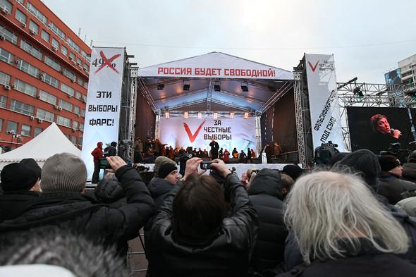 Митинг «За честные выборы» на проспекте Сахарова: Фоторепортаж, пожелания москвичей и соцопрос. Изображение № 60.