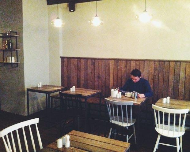 На Конной улице открылось бистро Grey's. Изображение № 2.