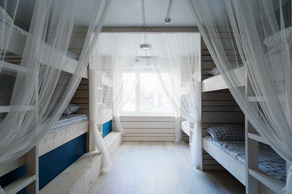 Хостел на«Белорусской» сномерами-каютами идвухэтажной двуспальной кроватью. Изображение № 9.