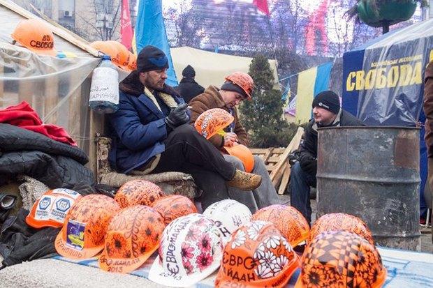 Работа со вспышкой: Фотографы — о съёмке на «Евромайдане». Изображение № 38.