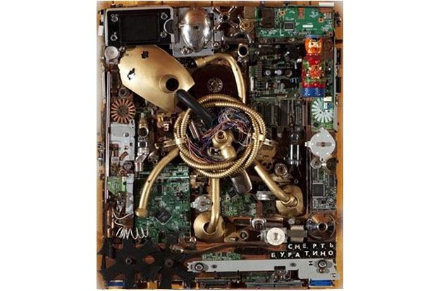 «Смерть Буратино», 2009. Материал: деревянная подложка, старая лампа, сантехнические детали. Изображение № 4.