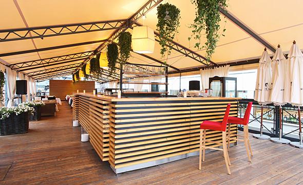 Летняя кухня и бар ресторана «Волга-Волга». . Изображение № 65.