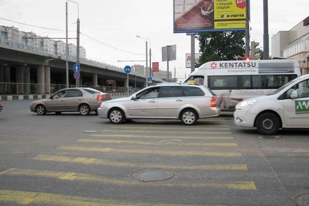 Блогеры раскритиковали велодорожку вдоль Ярославского шоссе . Изображение № 4.