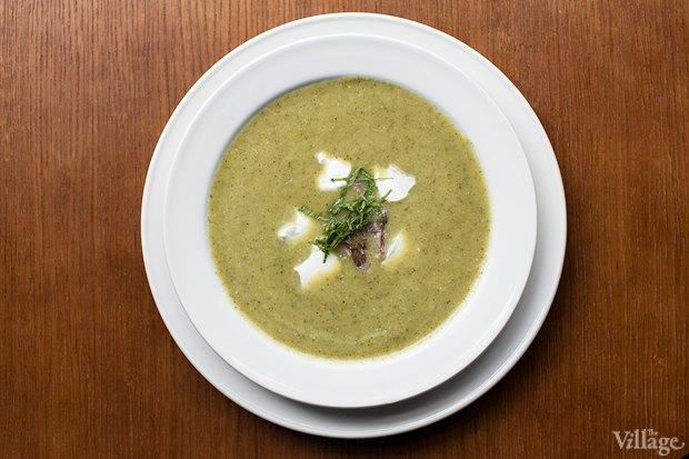 Рецепты шефов: Крем-суп из цукини и мяты с мясом утки и творожным сыром. Изображение № 2.