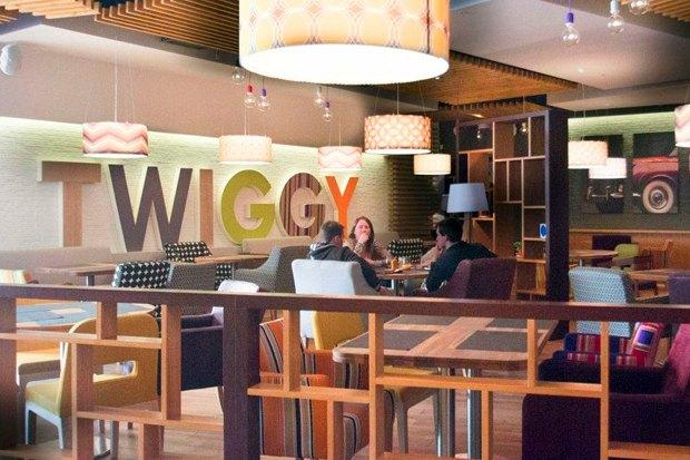 В Выборгском районе открылся ресторан в стиле 60-х. Изображение № 1.