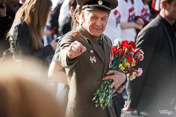 День Победы в Москве и Петербурге: Как гуляют и о чём вспоминают ветераны 9 Мая. Изображение № 52.