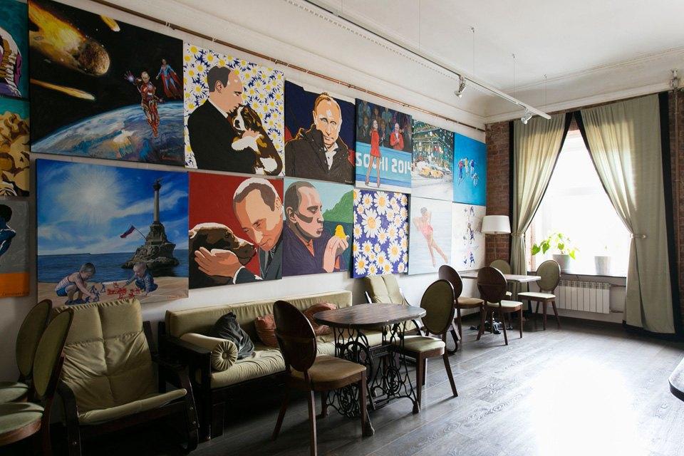 Квартира художника смансардой. Изображение № 13.