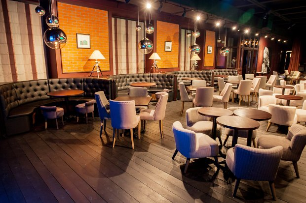 На месте бара «Заря» открылся Joys Bar. Изображение № 9.