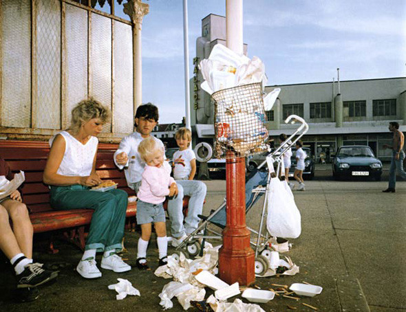 ©Martin Parr. From the series The Last Resort: Photographs of New Brighton. 1983-1985. Courtesy of Martin Parr / Magnum Photos. Изображение № 6.