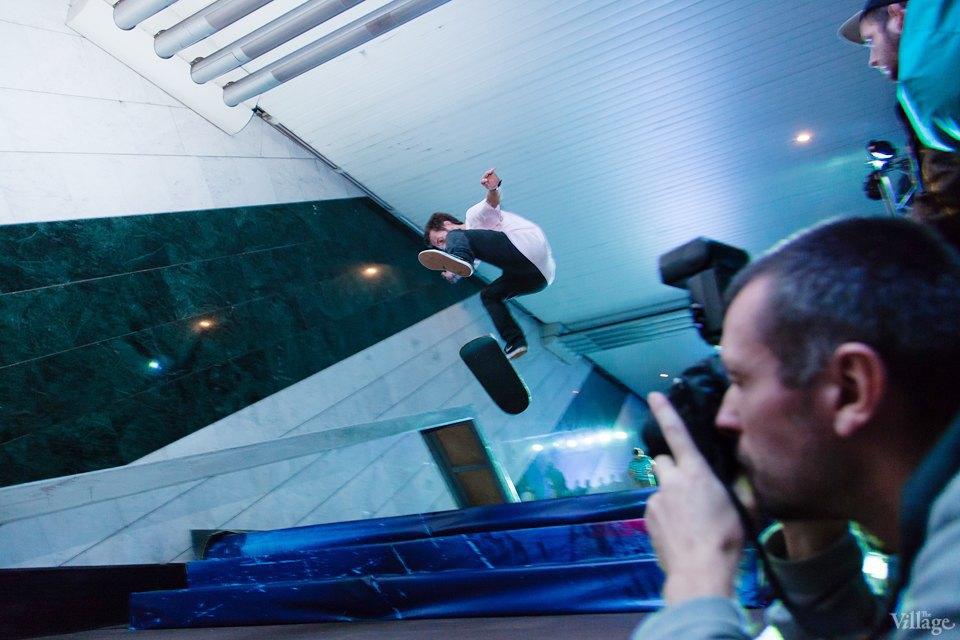 Фото ночи: Скейтерский чемпионат в метро. Изображение № 11.