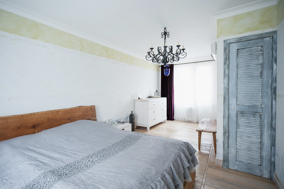 Квартира с эклектичным интерьером на Суворовском проспекте. Изображение № 6.