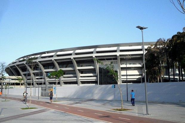 Что происходит в Рио-де-Жанейро во время чемпионата мира по футболу. Изображение № 2.