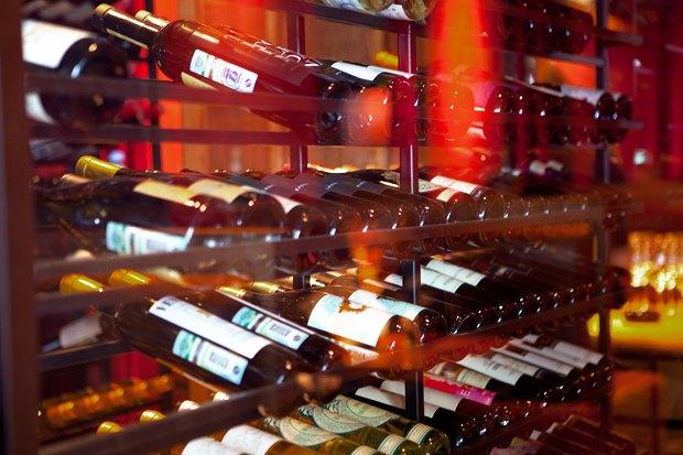 За стеклом: Где покупать вино в Москве. Изображение № 10.