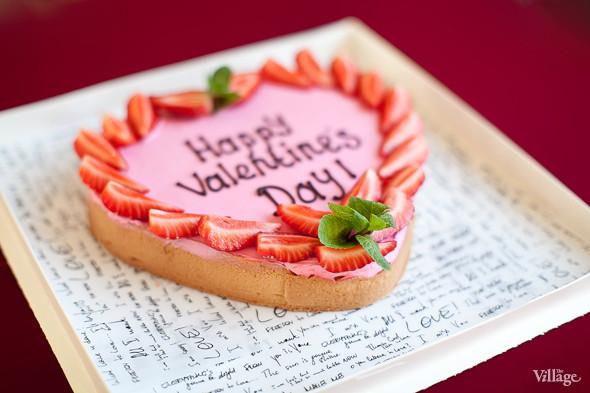 Valentinka-pie, чизкейк со свежей клубникой — 1 800 рублей. Изображение № 24.