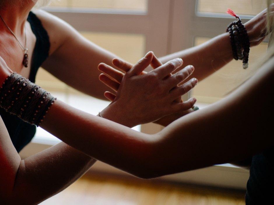 Эротический массаж среди медицинских сестер, просмотр порно роликов онлайн на телефоне