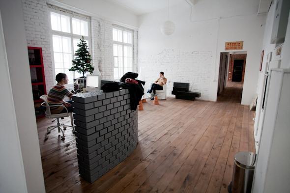 Группа «Фабрика»: Гид по арт–пространствам Обводного канала. Изображение № 100.