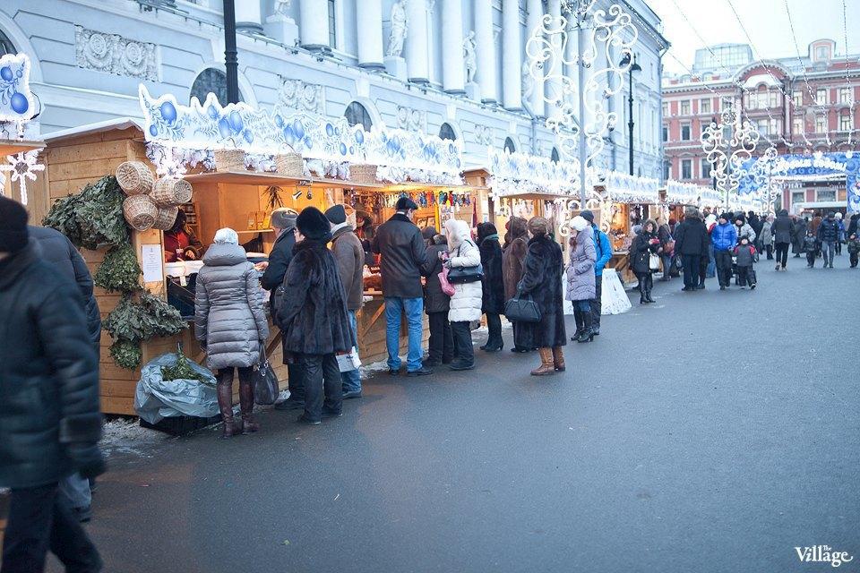Люди в городе: Продавцы рождественской ярмарки на Островского. Изображение № 10.
