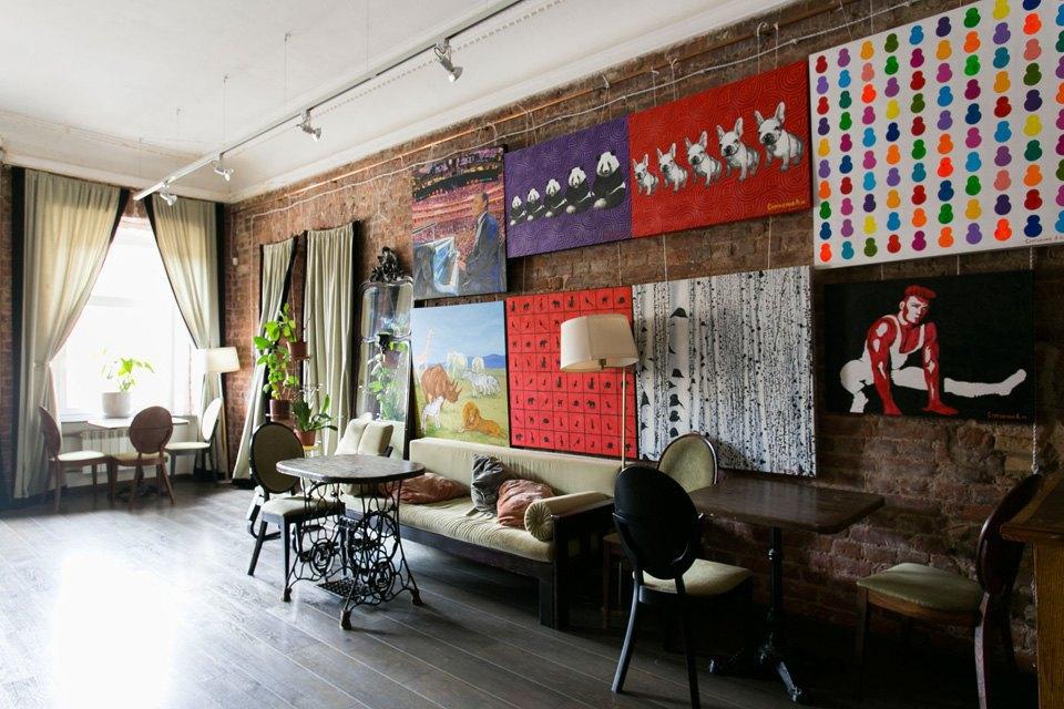 Квартира художника смансардой. Изображение № 11.