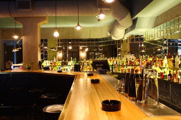 Создатель Achtung Baby открыл бар на Жуковского. Изображение № 2.
