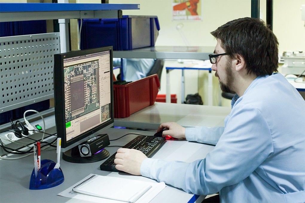 Производственный процесс: Как делают платы для электроники. Изображение № 19.