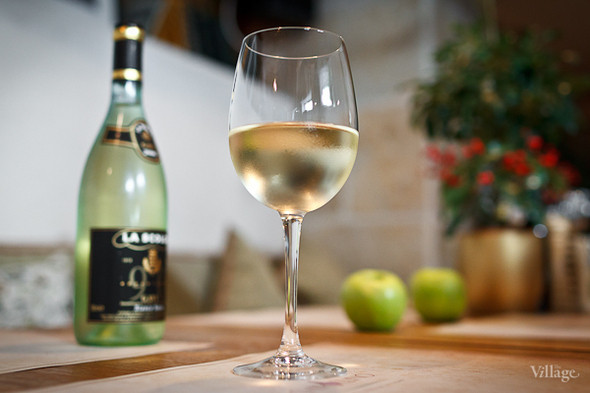 Белое вино Pinot Grigio Pelle Veneto — 300 рублей (бокал)