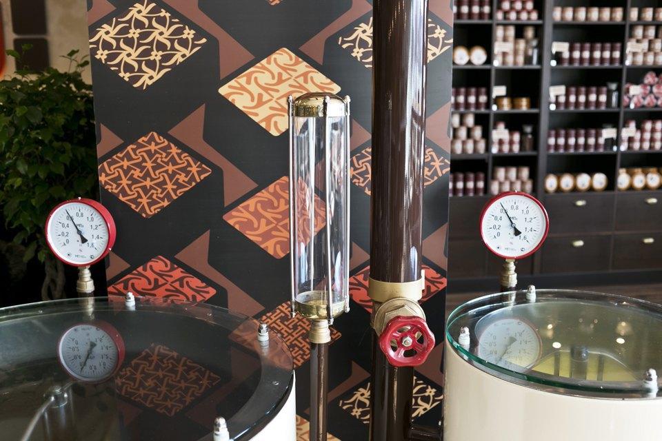 Шоколадный бар MaxBrenner. Изображение № 12.