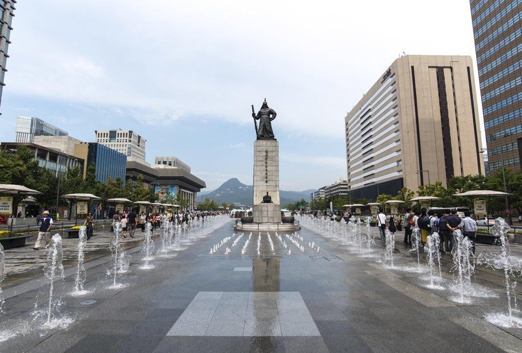 Три путеводителя по Корее на все случаи жизни. Изображение № 5.