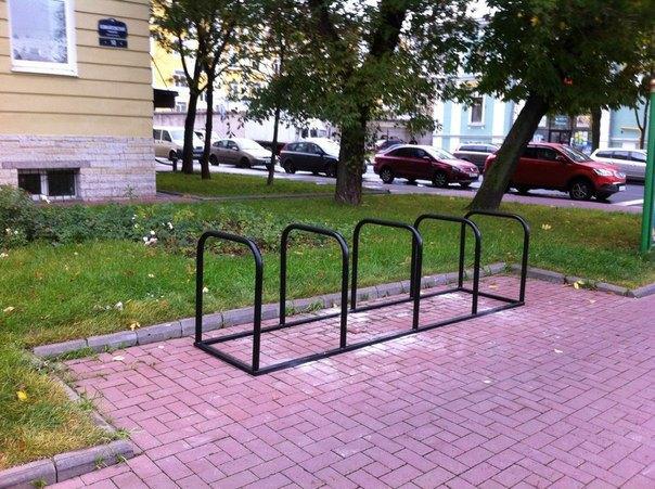 В Адмиралтейском районе поставят велопарковки правильного размера. Изображение № 1.