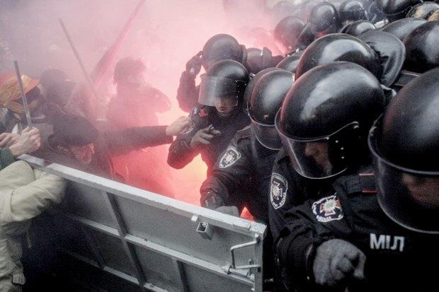 Курс — евро: Как уличные протесты изменили Киев. Изображение № 2.