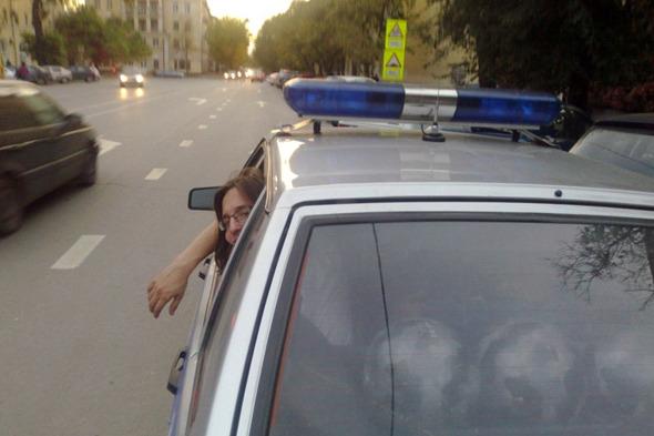 Сообщество руферов Петербурга имитировало полицейский захват. Изображение № 3.