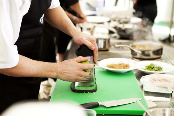 Omnivore Food Festival: Андрей Рывкин готовит карри из петуха на монастырском квасе. Изображение № 11.