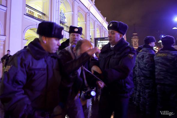 Хроника выборов: Нарушения, цифры и два стихийных митинга в Петербурге. Изображение № 13.