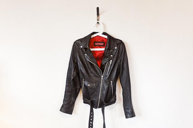 Кожаная куртка — 2 000 рублей. Изображение № 34.