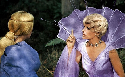 Кадр из фильма «Ослиная шкура» режиссёра Жака Деми. . Изображение № 1.