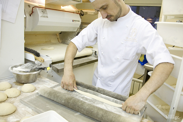 Фоторепортаж с кухни: Как пекут хлеб в «Волконском». Изображение № 13.