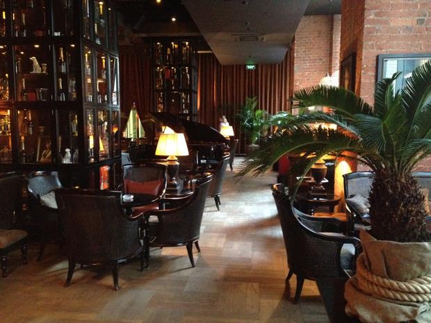На Лубянке открылся бар Mandarin Combustible. Изображение № 1.