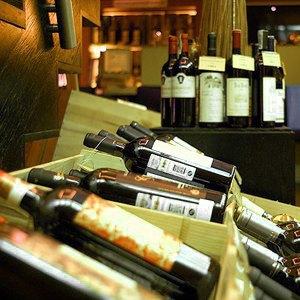 За стеклом: Где покупать вино в Москве. Изображение № 6.