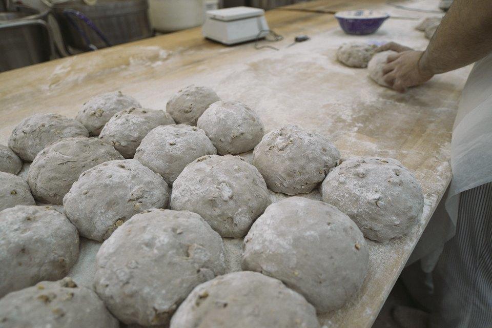 Как пекут хлеб. Изображение № 1.