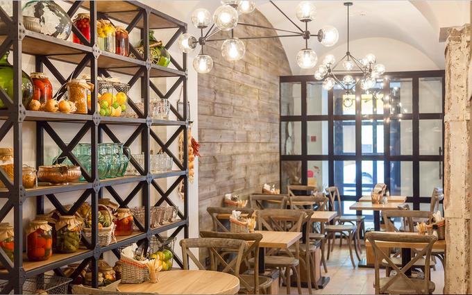На Большой Никитской улице открылось кафе «Хачапурия». Изображение № 2.