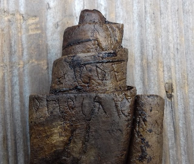 В грамоте изВеликого Новгорода нашли неизвестное древнерусское ругательство. Изображение № 1.