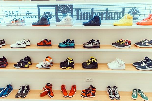 На Малой Садовой открылся магазин редких кроссовок . Изображение № 1.