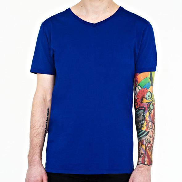 Вещи недели: 10 ярких футболок. Изображение № 7.