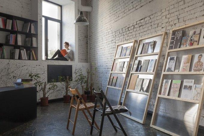 Читальный зал синостранными журналами Lebigmag открывается наПетроградской. Изображение № 1.