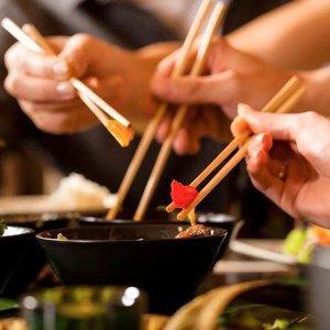 События недели: 30Seconds toMars, прерафаэлиты иФестиваль мировой еды. Изображение № 6.